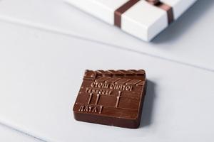 Шоколадная фигура «Хлопушка для киносъемок»